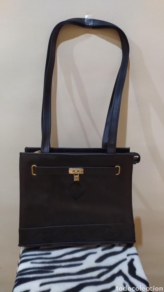 Vintage: Elegante Bolso Vintage BELLE PARIS; Prácticamente NUEVO. PERFECTAMENTE CONSERVADO. Años 70. - Foto 9 - 270689683