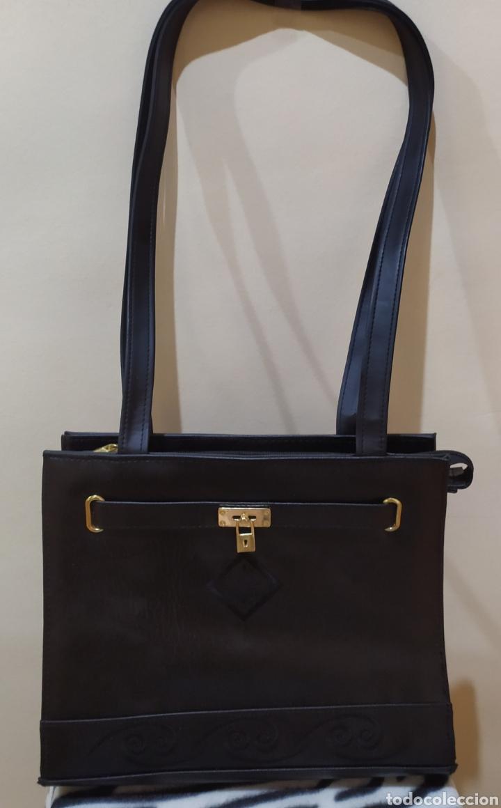 Vintage: Elegante Bolso Vintage BELLE PARIS; Prácticamente NUEVO. PERFECTAMENTE CONSERVADO. Años 70. - Foto 10 - 270689683