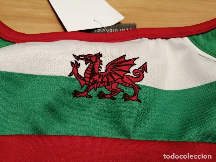 Vintage: Comisión para la caridad de Inglaterra y Gales. In support of help Heroes Charity number 1120920 - Foto 13 - 276144993