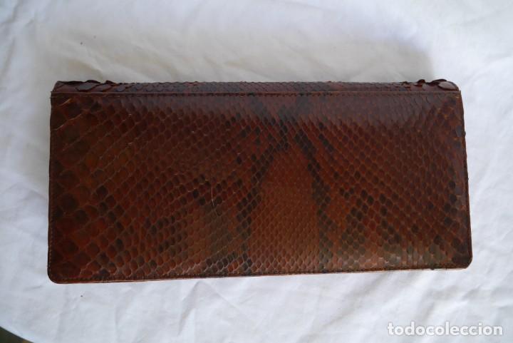 Vintage: Bolso fabricado en piel de serpiente - Foto 2 - 278319793