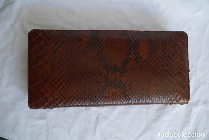 Vintage: Bolso fabricado en piel de serpiente - Foto 3 - 278319793
