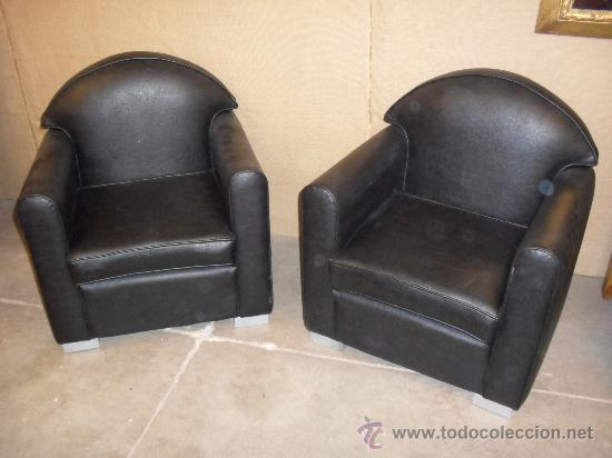 pareja de sofas sillones orejones para el relax negros muy elegantes - Sofas Negros