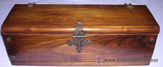 Arqueta cofre o peque o ba l de madera con her comprar for Herrajes para muebles de madera