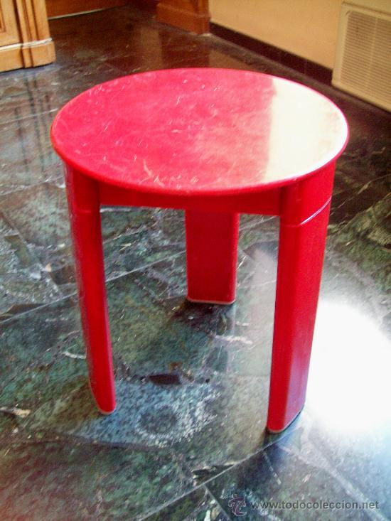 mesita-taburete rojo de plastico diseño olaf vo - Comprar Muebles ...