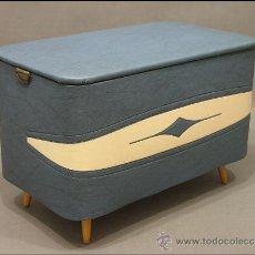 Vintage: BONITO BAUL ART- DECO. Lote 33346500