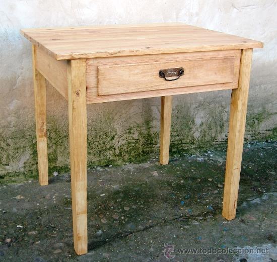 Mesa tocinera de madera maciza con cajon muebl comprar for Mesa vintage madera