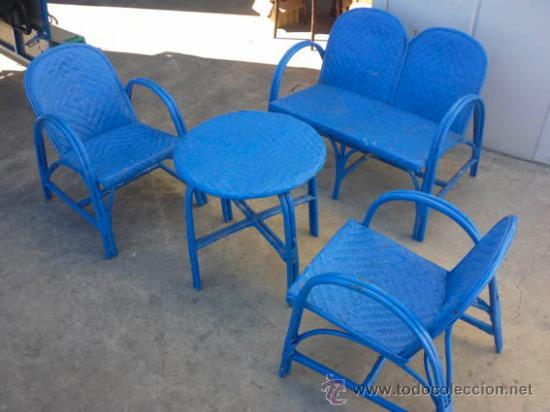 Conjunto de jard n de mimbre pintado de azul i comprar for Muebles de mimbre pintados