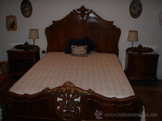 Cama 1 35 m de madera de nogal y chapa de nogal comprar for Recoger muebles