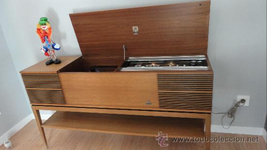 Precioso mueble vintage retro con tocadiscos y comprar for Mueble para tocadiscos ikea
