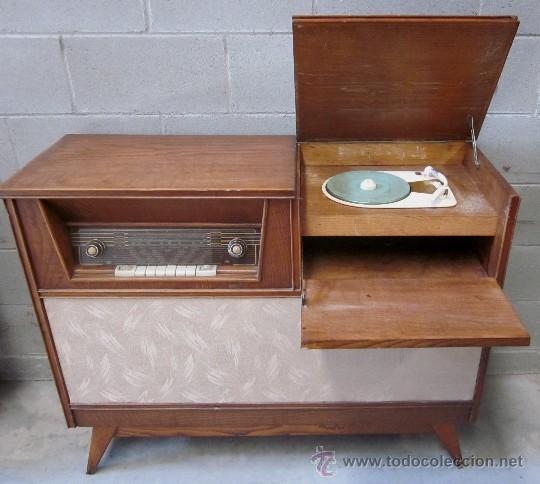 mueble con radio y tocadiscos a os 50 60 vint comprar On muebles anos 50