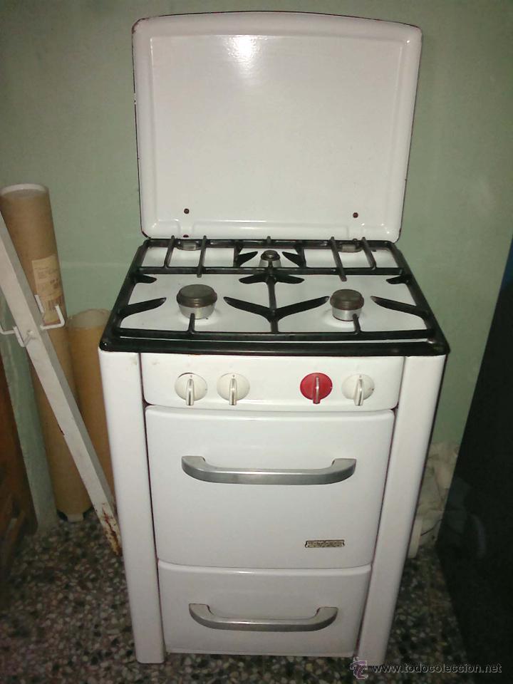 Cocina de butano antigua de fuegos orbegozo hom comprar for Muebles de cocina anos 80