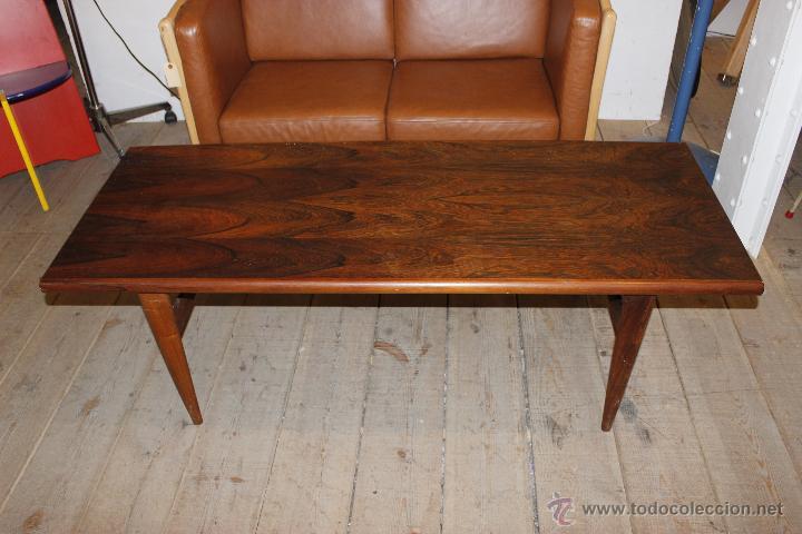 Mesa de centro de palisandro a os 70 s comprar muebles for Palisandro muebles
