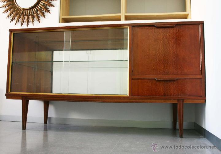 Aparador con vitrina a os 60 comprar muebles vintage en todocoleccion 43291007 - Muebles anos 60 ...