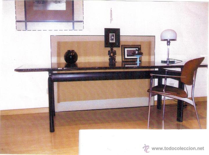 Mesa lc6 le corbusier by cassina sobre de marm comprar for Le corbusier muebles