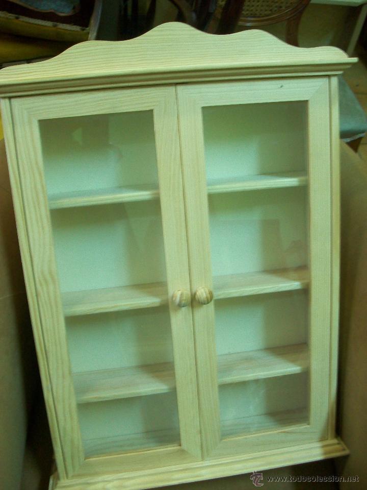 Vitrina de madera para miniaturas puertas acris comprar - Vitrinas para colgar ...