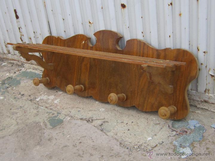 Perchero de pared de madera perchero de pared de madera y for Colgadores de madera