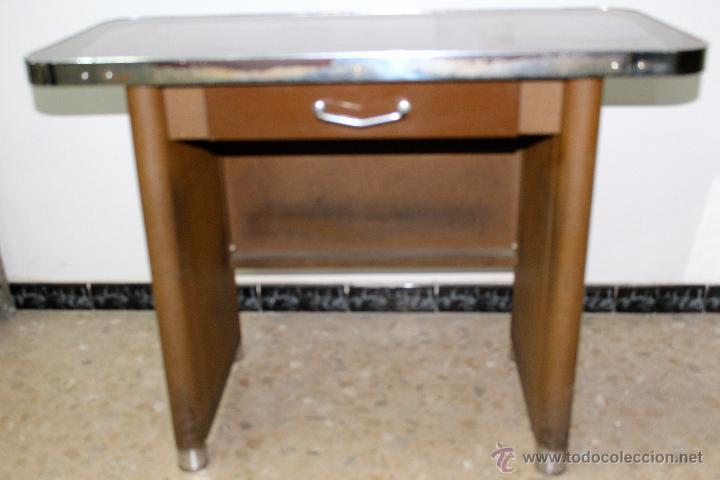 Antigua mesa auxiliar vintage de los a os 60 en comprar muebles vintage en todocoleccion - Mesas vintage madrid ...