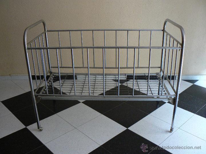 cuna hierro niquelado con ruedas para niño-niña - Comprar Muebles ...