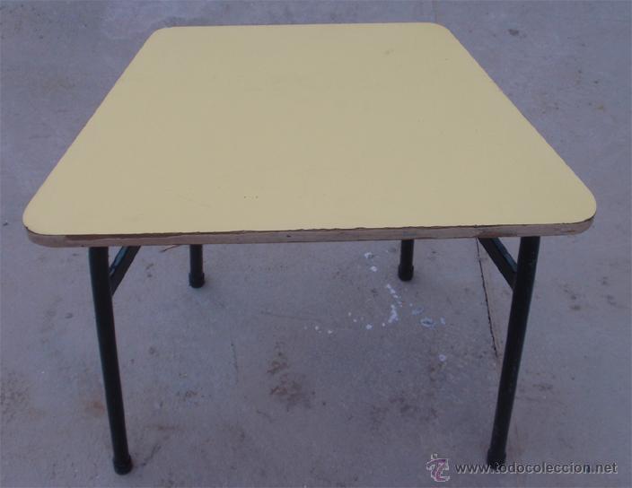 Vintage: Mesas escolares de colores. Lote de 36 mesas - Foto 2 - 46601204