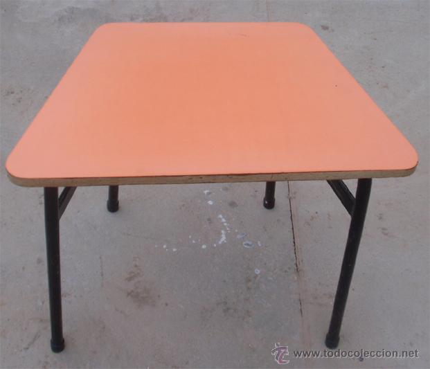 Vintage: Mesas escolares de colores. Lote de 36 mesas - Foto 4 - 46601204