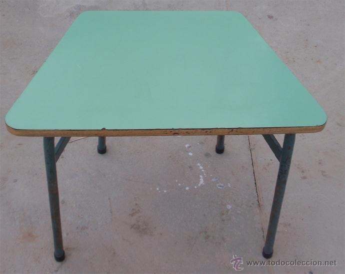 Vintage: Mesas escolares de colores. Lote de 36 mesas - Foto 5 - 46601204