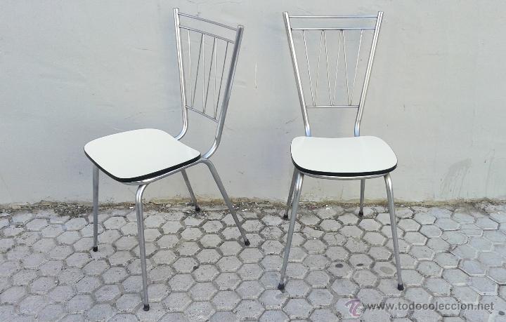 Pareja de sillas de cocina de formica blanca añ - Vendido en Venta ...