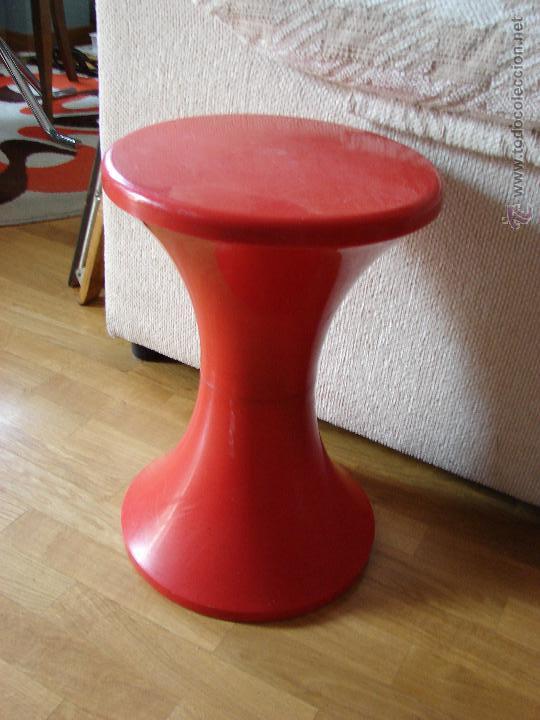 taburete tam-tam. años 60-70. color rojo - Comprar Muebles vintage ...