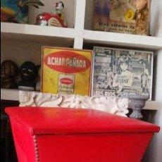 Vintage: PUFF TABURETE SILLON COFRE ZAPATERO VINTAGE SKAY ASIENTO VINTAGE AÑOS 60-70 RETRO MUEBLE. Lote 50929940