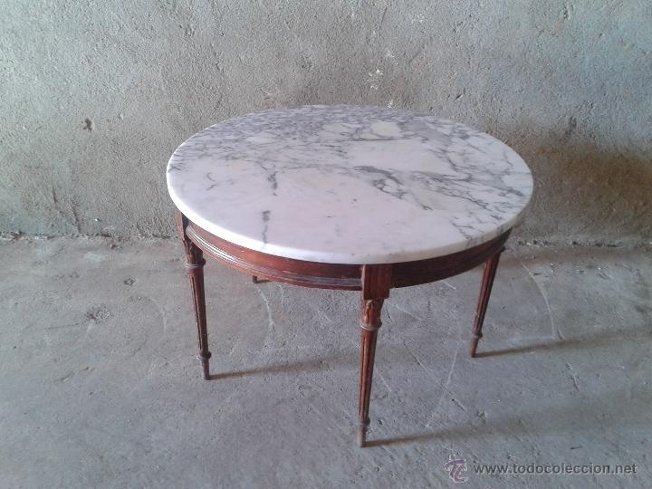Mesa de centro marmol antigua for Marmol de carrara rosa