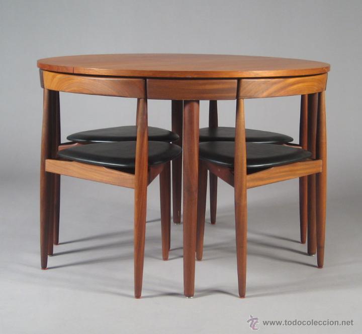 Conjunto de comedor danés. Mesa extensible y cuatro sillas. Hans Olsen para  Rojle.