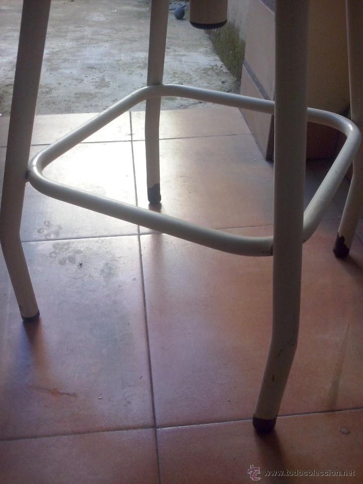 Vintage: silla taburete vintage- hierro y asiento tapizado- giratorio y elevable - Foto 4 - 52653055