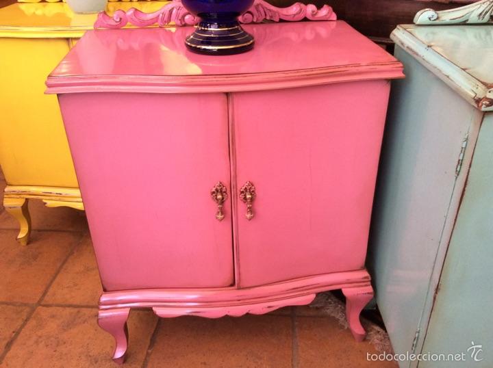 mesita de noche de color rosa - Comprar Muebles vintage en ...
