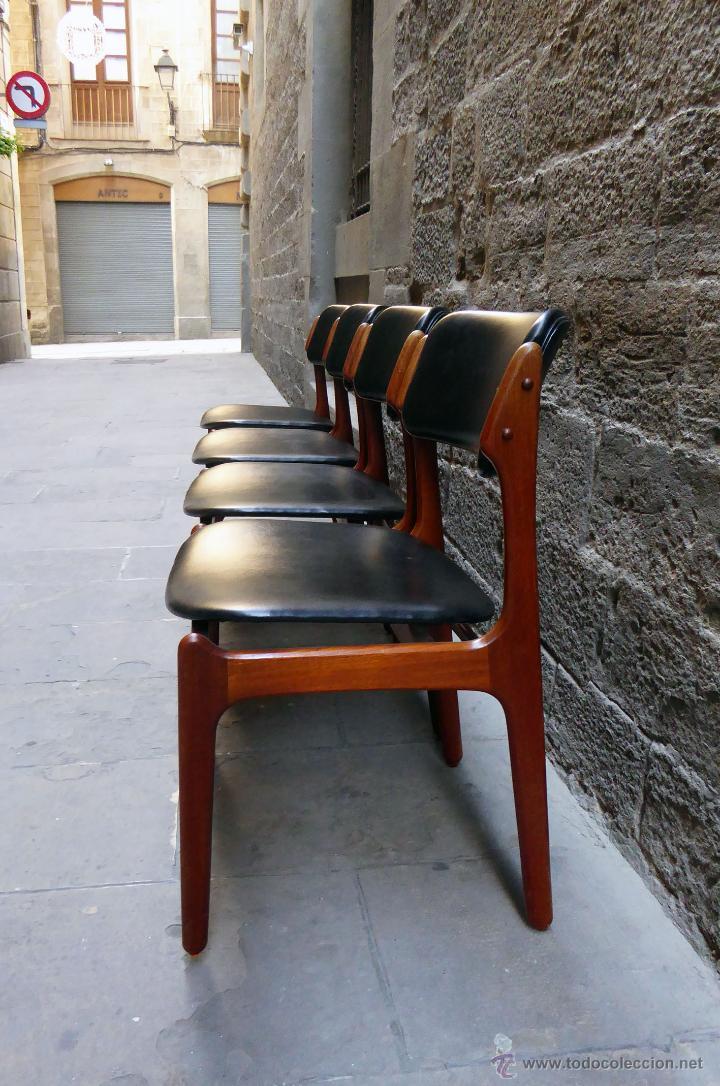 Juego de cuatro sillas de dise o dan s a os 60 comprar - Sillas anos 60 ...