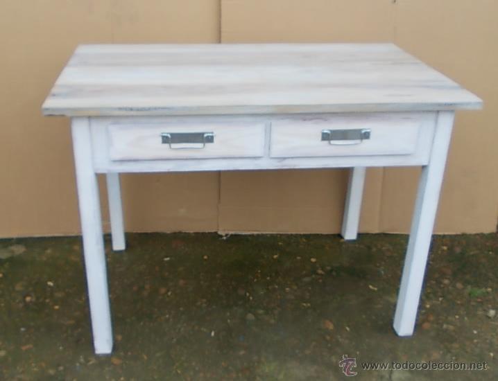 Mesa de madera blanca con 2 cajones sobre made comprar for Muebles retro online