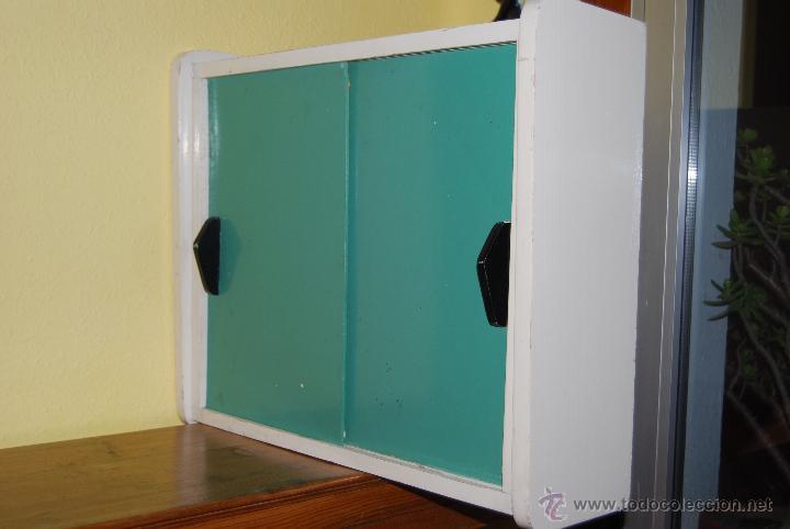 Artesanato Para Vender ~ pequeño armario de madera con puertas corredera Comprar Muebles vintage en todocoleccion
