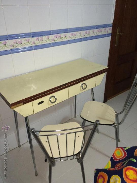 Mesa de cocina extensible con dos sillas vinta comprar - Mesa cocina vintage ...