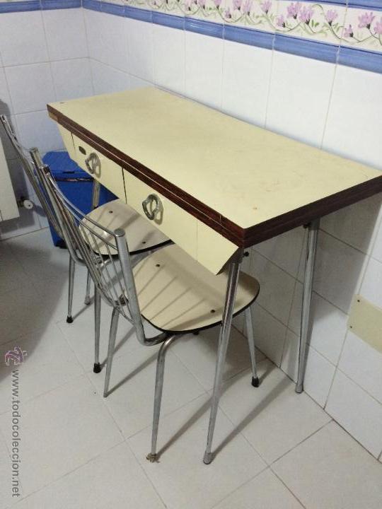 Mesa de cocina extensible con dos sillas vinta comprar for Mesa 60 x 60 extensible