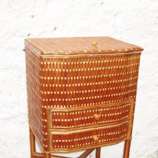 Vintage: PRECIOSO MUEBLE COSTURA COSTURERO MIMBRE MUY BUEN ESTADO. Lote 171163469