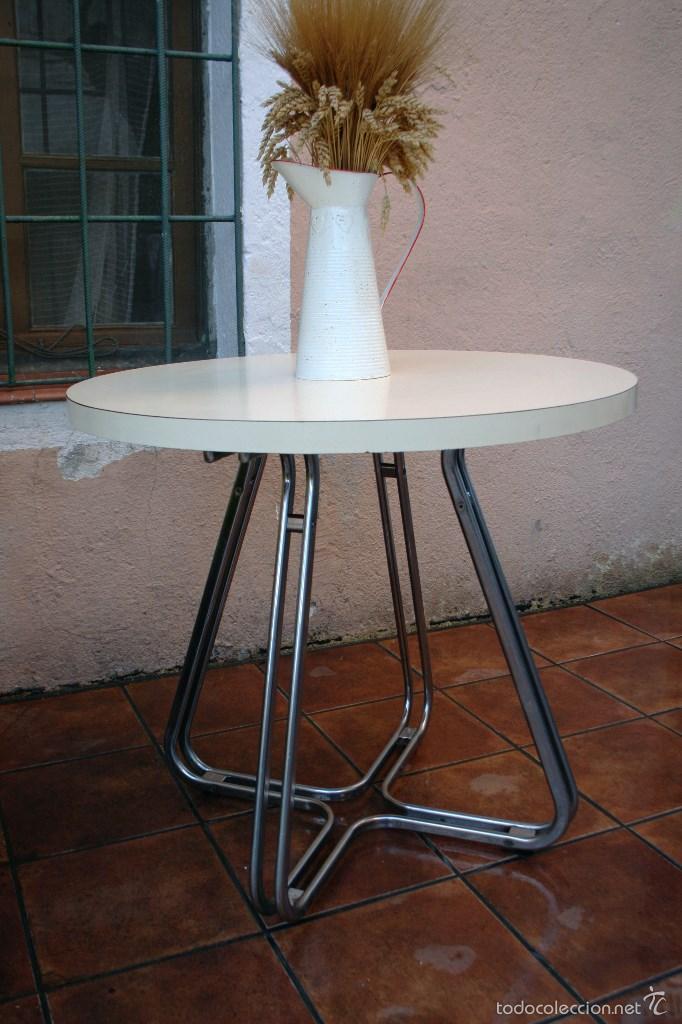 Mesa patas cromadas transporte gratis comunida comprar muebles vintage en todocoleccion - Mesas vintage madrid ...