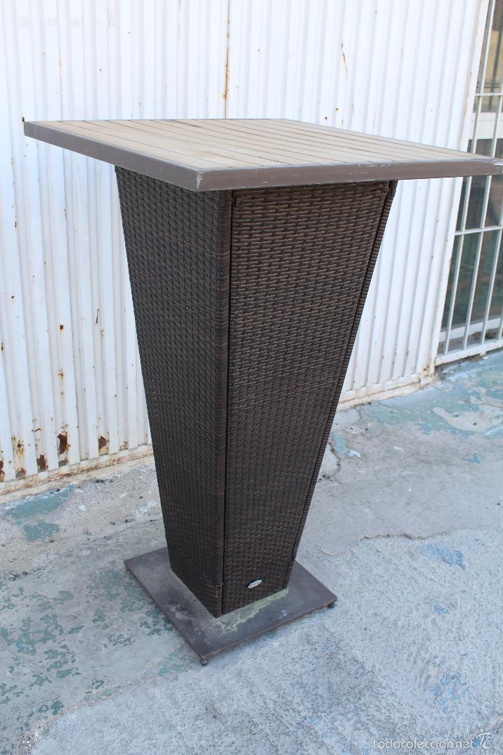 mesa alta de jardin en madera hierro y bambu vintage muebles