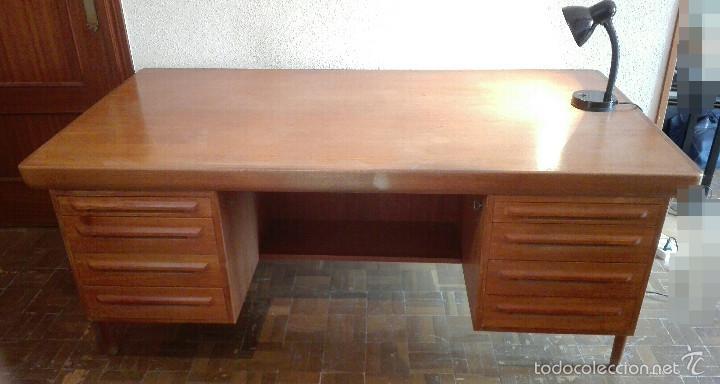gran mesa de despacho. roble. muy solida. super - Comprar Muebles ...
