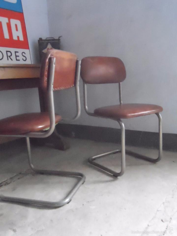 Vintage: SILLA METAL DISEÑO cesca ? TAPIZADO POLIPIEL MARRON LOTE DE 2 sillas - Foto 4 - 84539318
