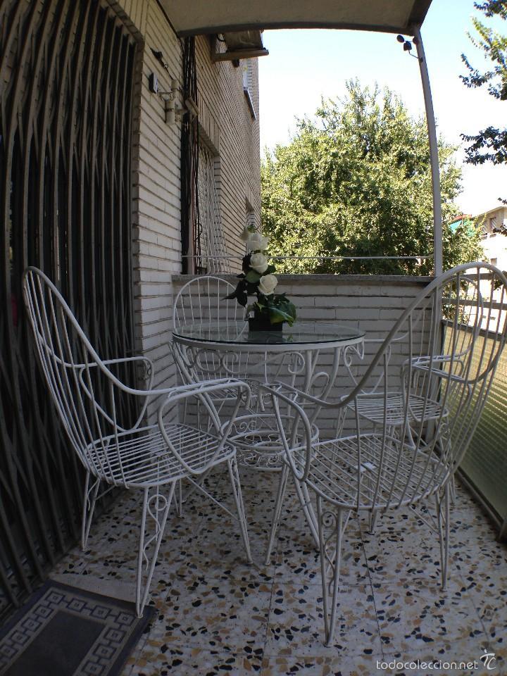 antiguo juego de mesa y cuatro sillas de jardín - Comprar Muebles ...