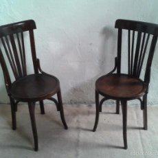 Vintage: PAREJA DE SILLAS ANTIGUAS RETRO VINTAGE. DOS SILLAS ANTIGUAS DE CAFETERÍA. SILLAS MODERNISTAS THONET. Lote 61147115