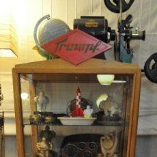 Vintage: VITRINA DE CHOCOLATES TRUMPF RETRO VINTAGE MUY ANTIGUA PARA COLECCIONISMO. Lote 61984736