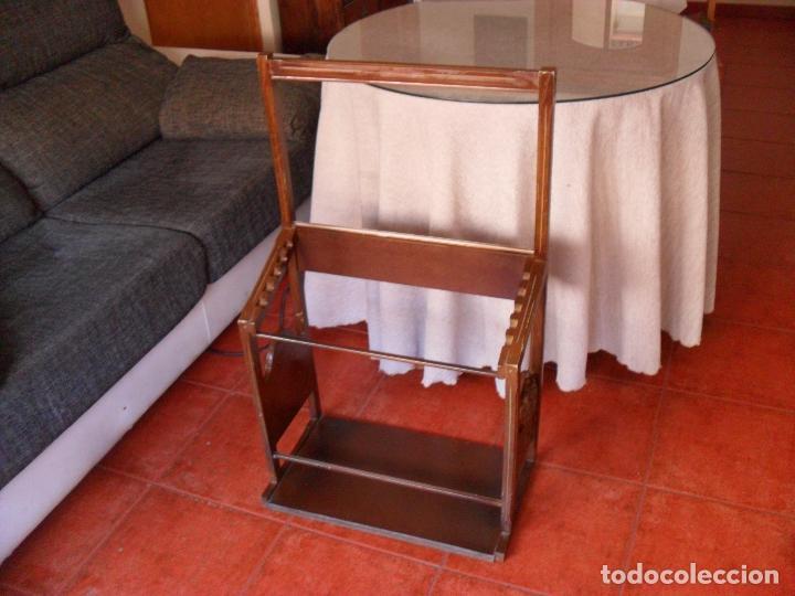 Vintage: bonito mueble para periodicos,revistas,vintage,unico en TC,publicidad años 60,muchas fotos detalles - Foto 12 - 195356863