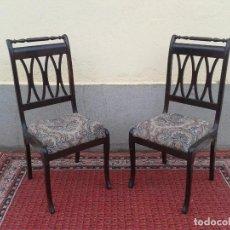 Pareja de sillas antiguas vintage, sillas retro.