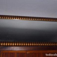Vintage: ESPEJO DE MADERA CON MARCO EN COLOR ORO ENVEJECIDO. Lote 67573441