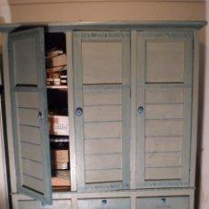 Vintage: VITRINA MUEBLE DE OFICINA ANTIGUO ARMARIO LIBRERIA ESTANTERIA. Lote 68493965