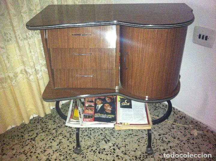 Antiguo mueble bar de television de los a os 7 comprar for Muebles vintage zaragoza